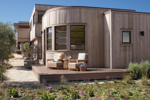 Idee per piccoli terrazze e balconi stile marino con nessuna copertura