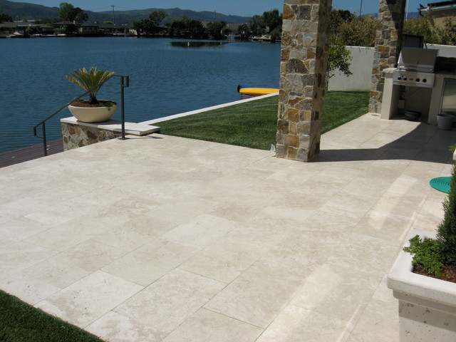 Belvedere Lagoon contemporary-deck