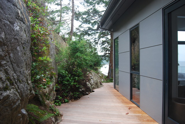 Bowen island bc beach house for Bc landscape architects