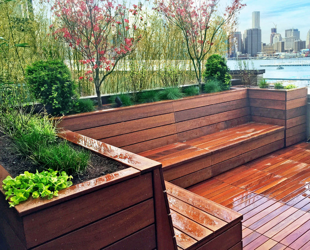 Nyc Garden Design spring planting with flowers at different heights draws your eye through the garden Garden Design With Brooklyn Heights Roof Deck Garden Design With Hot Tub And Deck With Home