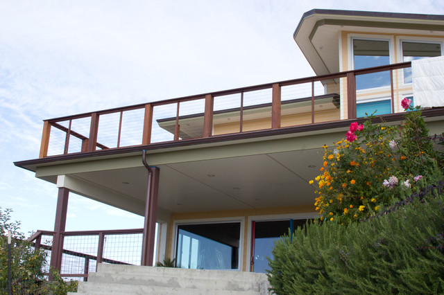 Cable Railings contemporary-deck