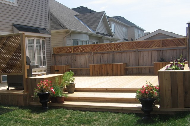Cedar Backyard Deck With Benches And Flower Boxes