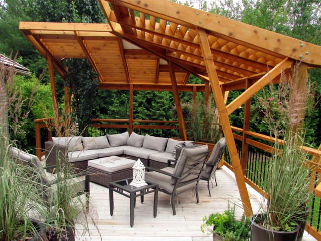 Cedar Deck Amp Cantilevered Pergola