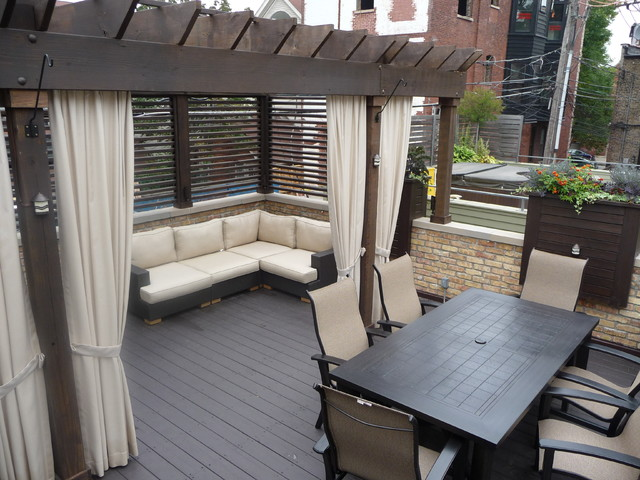 Chicago Roof Decks & Landscaping traditional-deck