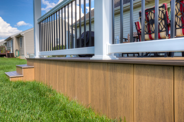 Close up view of clubhouse ipe deck skirting and black for Modern view decking