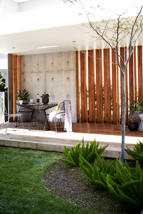 Contemporary Deck by Sydney Landscape Architects & Landscape Designers Harrison's Landscaping
