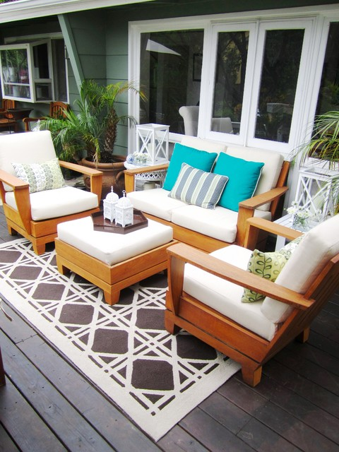 COCOCOZY IN THE HOLLYWOOD HILLS contemporary-deck