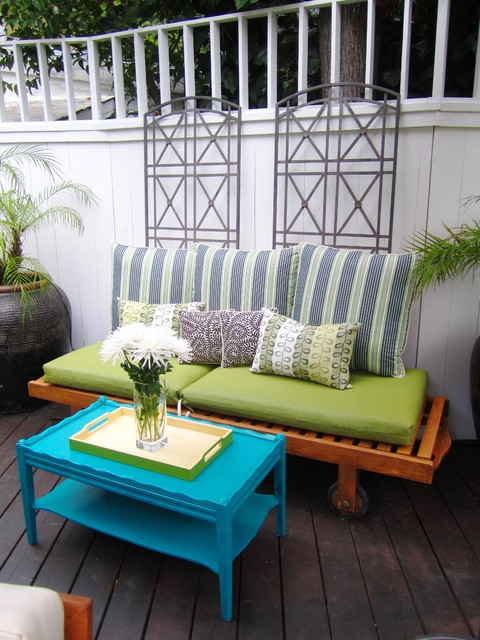 COCOCOZY IN THE HOLLYWOOD HILLS eclectic-deck