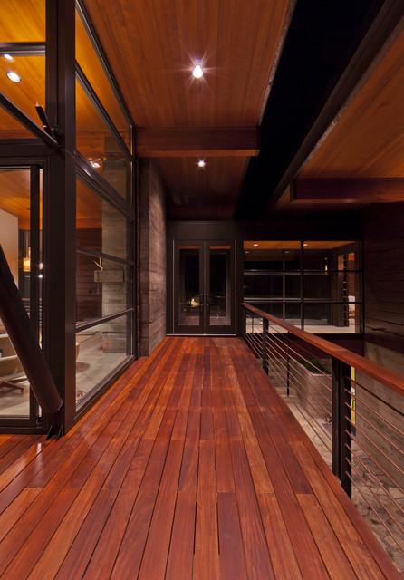 Coeur D'Alene Residence on Lake Coeur D'Alene modern-porch