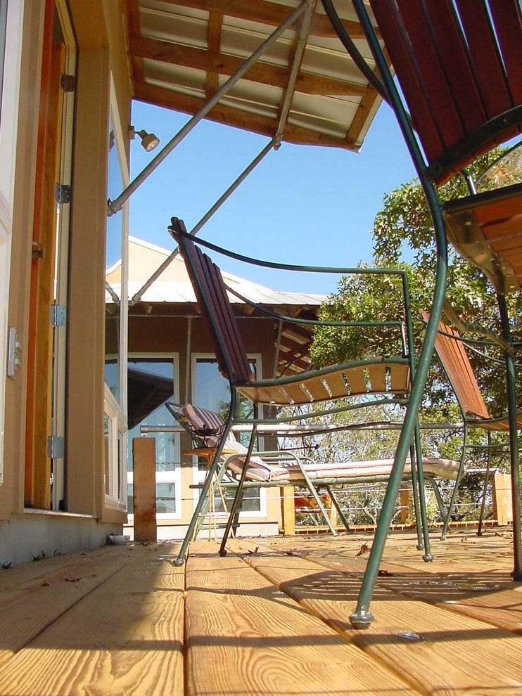 Example of a country deck design in Austin