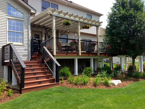 37 Beautiful Landscaping Ideas Around Deck