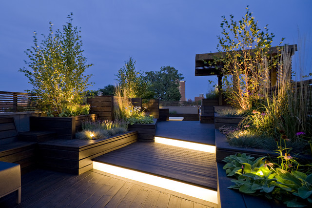 Chicago Sculptural Roof Deck contemporary landscape