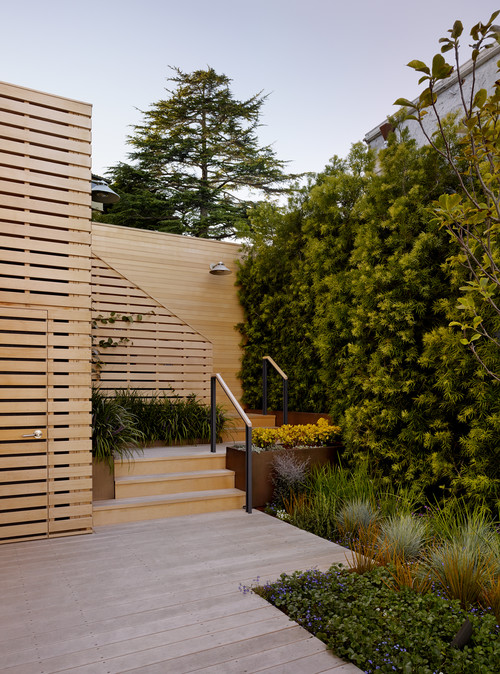 Sausalito Hillside Deck and Garden Fence