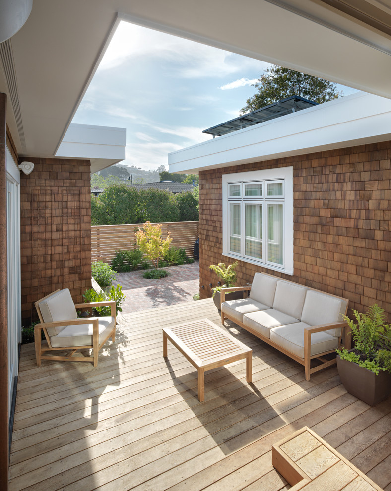 Deck - small contemporary deck idea in San Francisco with no cover