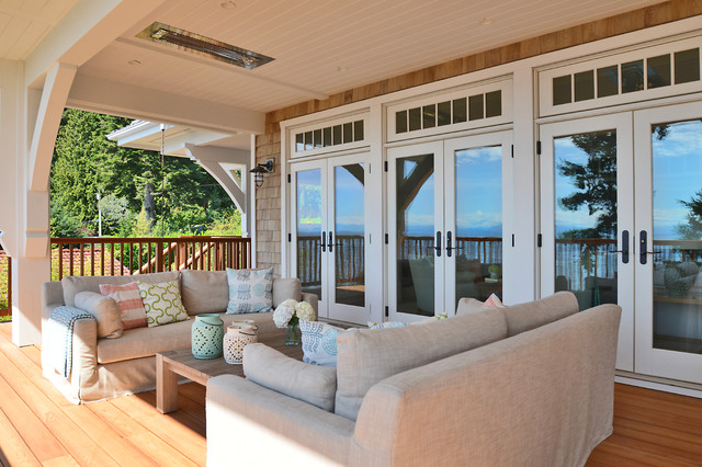 Craftsman beach house gibsons bc beach style deck for Beach house designs sunshine coast