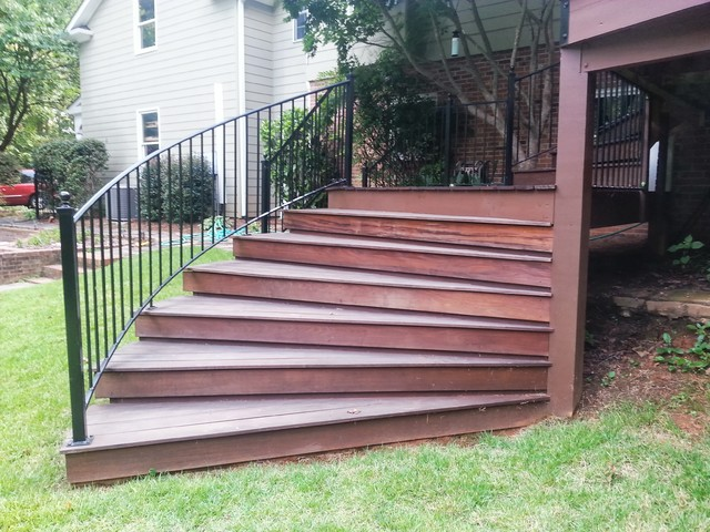 Curved Ipe deck traditional-deck