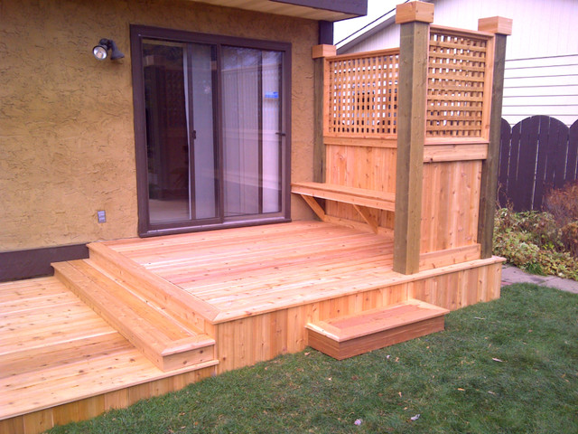Custom cedar deck with privacy screen and built in bench for Privacy partitions for decks