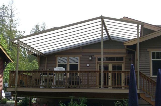 Exceptionnel Mid Sized Arts And Crafts Backyard Deck Photo In Seattle With An Awning