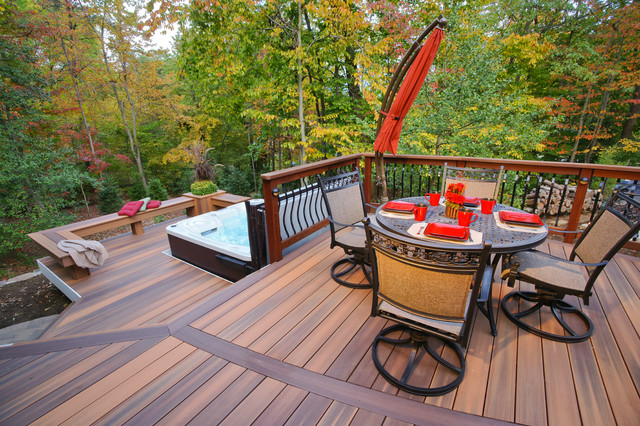 Davidsonville Radius deck traditional-deck