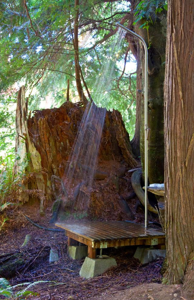 Deck - rustic deck idea in Seattle