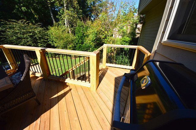 Deck Construction by Outdoor Makeover traditional-deck