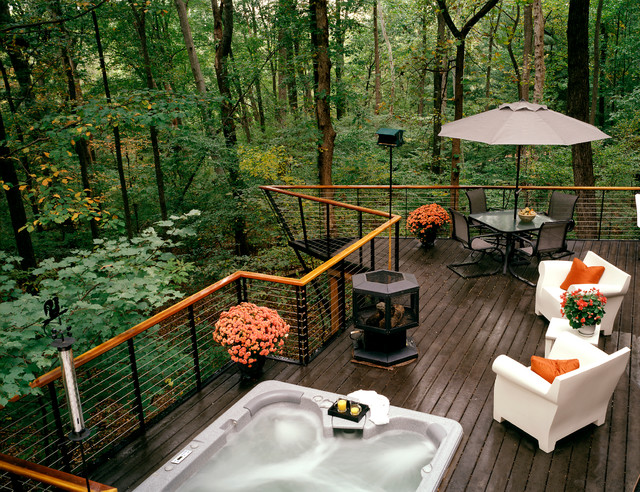 Deck in the woods modern deck dc metro by anthony wilder design build inc - Outdoor amenager ...