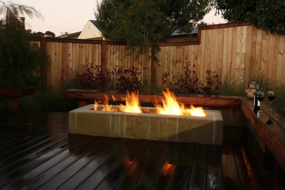Trendy deck photo in San Luis Obispo with a fire pit