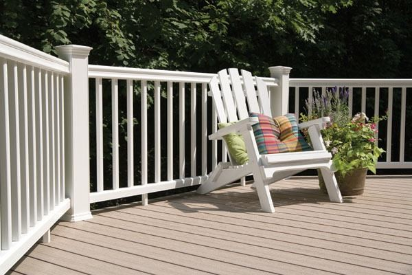 Decking contemporary-deck