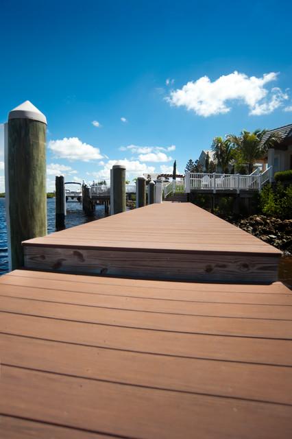 Contemporary Deck Tampa Decks & Docks project contemporary-deck