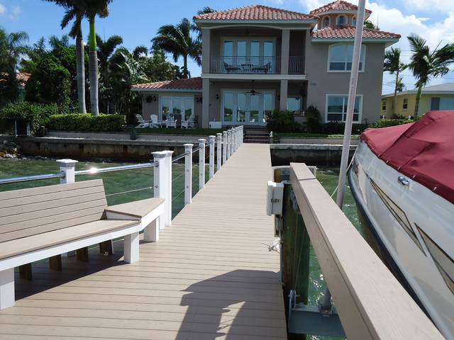 Contemporary Deck Tampa Decks & Docks Railing Projects contemporary-deck