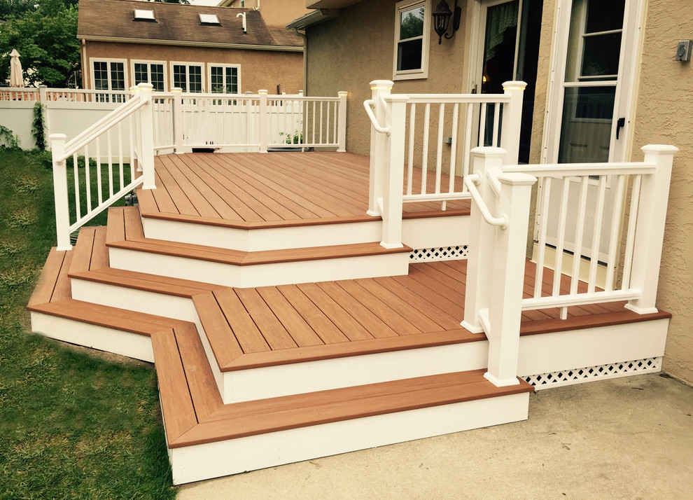 What Are Some Small Backyard Deck Decorating Ideas ... on Small Back Deck Decorating Ideas id=32637