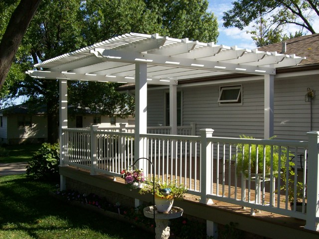 Decks pergolas misc victorian deck omaha by for Garden decking hinckley