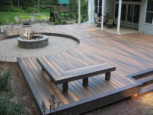 Curved Minimalist Deck with Fire Pit