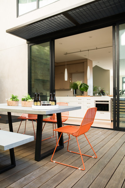 Inspiration for a contemporary deck remodel in San Francisco with no cover