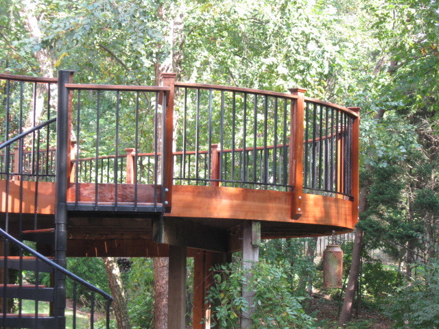 Elevated Curved Ipe Deck In Herndon Va With Spiral