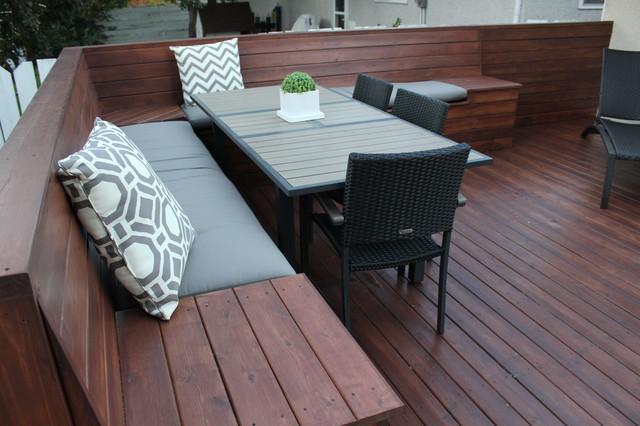 Elphinstone Backyard Project modern-deck