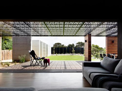 Custom & Contemporary Home Architecture