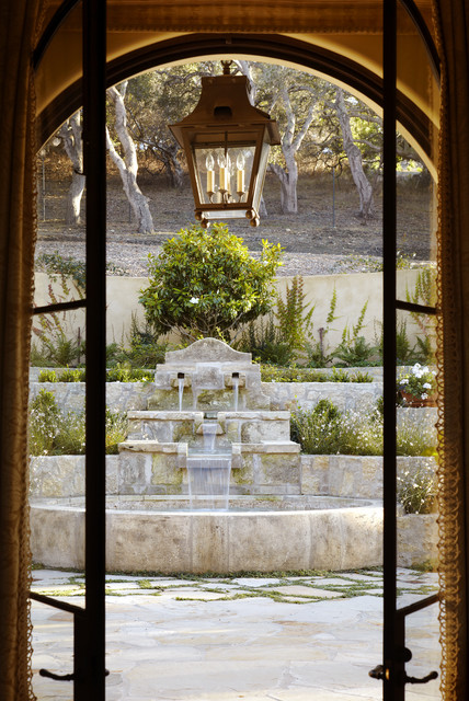 Enchanted Oaks traditional-deck