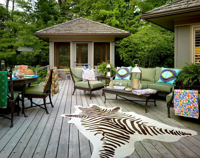 Evanston Courtyard Home traditional-deck