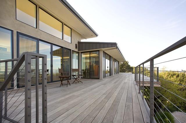 exteriors contemporary-deck