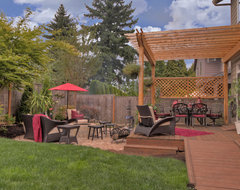 Fire pit - Water feature - Pergola - Paver courtyard traditional patio