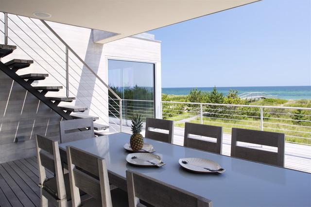 Flying Point Residence modern-patio