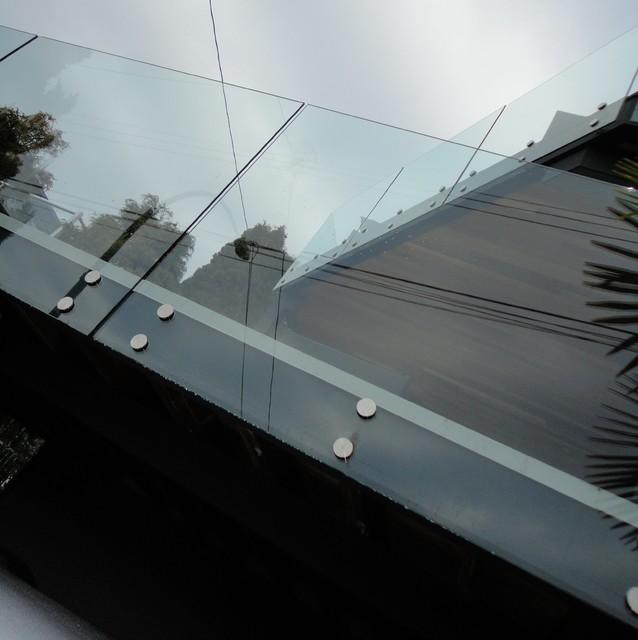 Frameless Glass Patio Railings