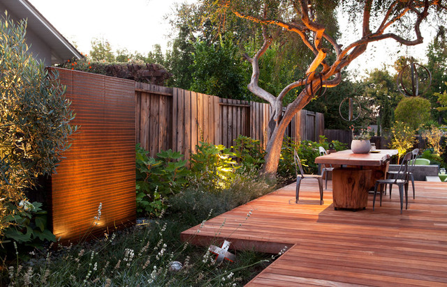 Gathering Table contemporary-deck