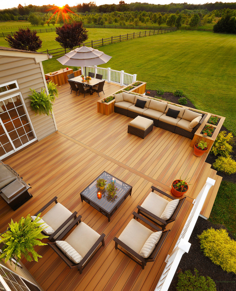 Top Outdoor Additions to Improve Your Home's Value
