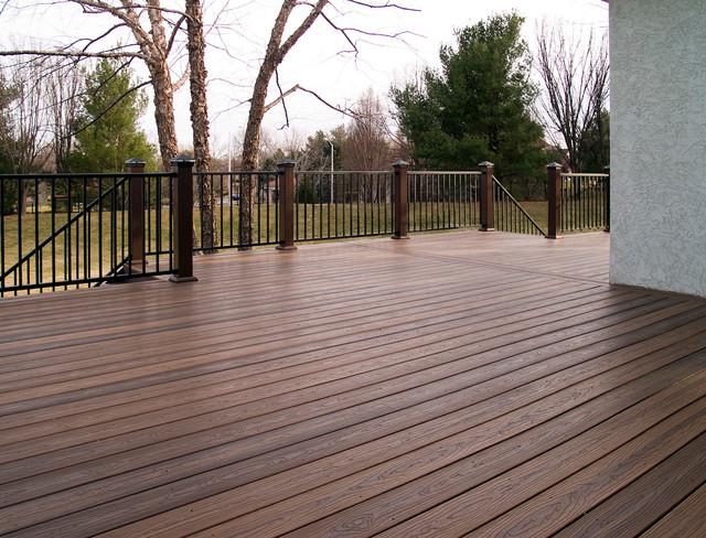 Gossman Envision Composite Deck In Leawood Ks