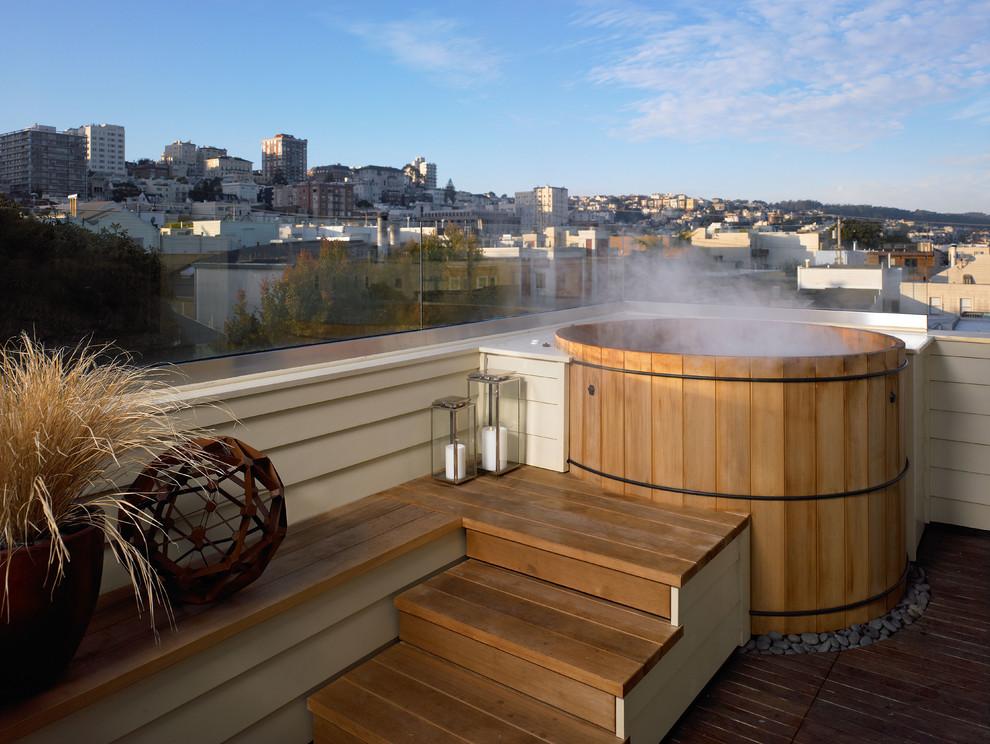 Deck - contemporary rooftop deck idea in San Francisco