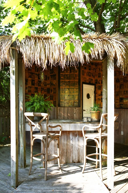 Patio Tiki Bar : Backyard Bliss ? 6 Ways to Turn Your Yard into a Rainforest Themed