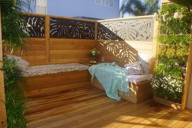 H G Vertical Gardens Modern Deck Brisbane By Hailey