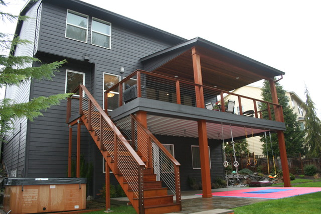 Happy valley main floor remodel modern deck portland for How to build a 2nd story floor